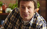 Jamie Oliver Makes His Own Birthday Cake