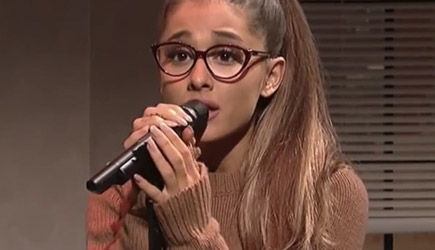 Ariana Grande Celebrity Covers - SNL Performance