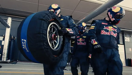 Red Bull Racing - Team vs Individual (Formula One Pit Stop)