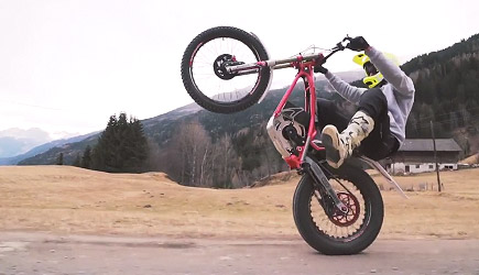 Fabio Wibmer - Electric Trials Fun!