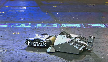 BattleBots - Blacksmith vs Minotaur