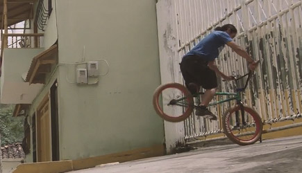 Red Bull - One-Legged BMXer Julián Molina