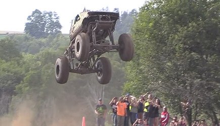 Maximum Power Park - Monster Truck Long Jump Competition