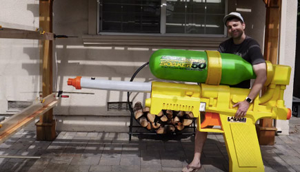 Mark Rober - World's Largest Super Soaker