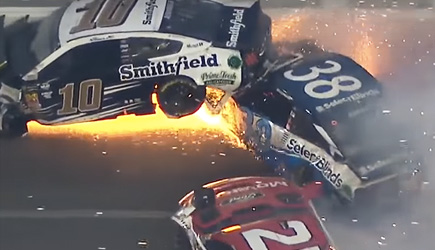 2019 Daytona 500 Crash Takes Out 21 Cars