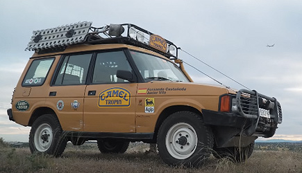 Petrolicious - Land Rover Dicovery Camel Trophy