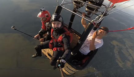 People Are Awesome - Extreme Skydiving & BASE Jumping