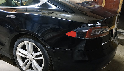 Arthur Tussik - Tesla Model S Car Repair